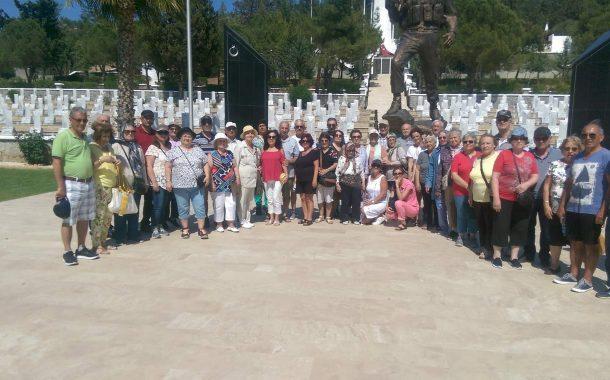 TEMAD Gölcük ailesi Kıbrıs ' ta şehitlerimizi ziyaret etti.