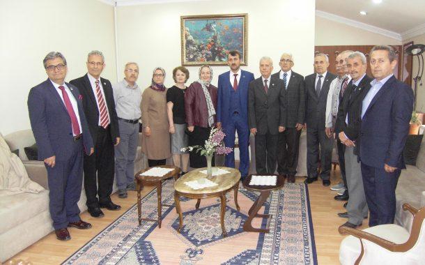 İYİ Parti Gölcük İlçe Başkanı Sayın İsmail AYNA ve yönetim kurulu derneğimizi ziyaret etti.