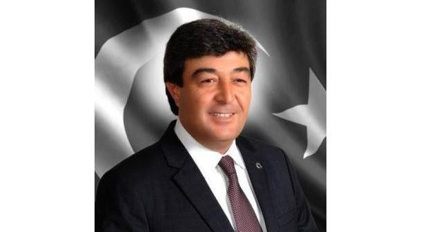 Meslektaşımız Dursun ATAŞ Kayseri milletvekili olmuştur. Kutluyor başarılar diliyoruz.
