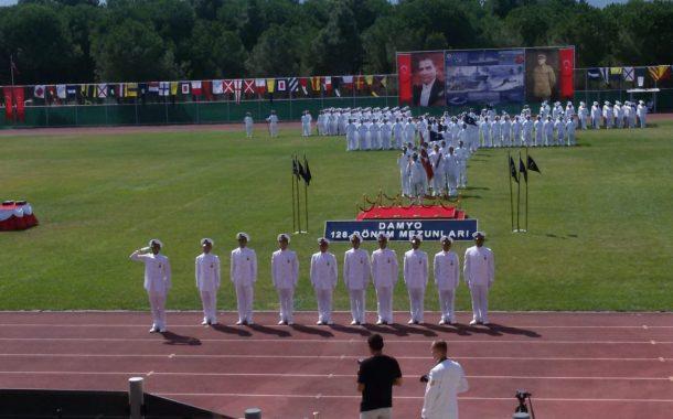 Deniz Astsubay Meslek Yüksek Okulu 128 dönem mezunları astsubay Çavuş rütbesiyle Türk Deniz Kuvvetleri Komutanlığına katıldı.  Törene şube başkanımız Bekir Tülü ve Yönetim kurulu üyemiz Hüseyin DİZDAR katılmıştır