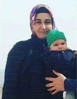 Türk ulusu sizlere minnettardır.  Hakkari'nin Yüksekova ilçesinde, astsubay eşini ziyarete gittiği üs bölgesinden evine dönen Nurcan Karakaya'nın kullandığı otomobilin geçişi sırasında, bölücü terör örgütü teröristlerin önceden tuzakladığı el yapımı patlayıcının infilak etmesi sonucu Nurcan Karakaya ve 11 aylık bebeği Mustafa Bedirhan Karakaya hayatını kaybetmiştir.