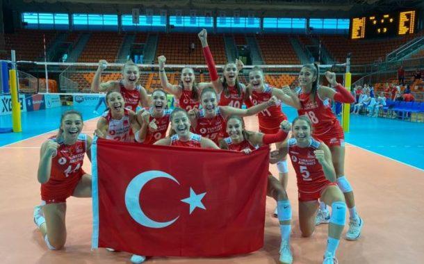 Türkiye 19 Yaş Altı Kız Voleybol Milli Takımı, 2020 Avrupa Genç Kızlar Şampiyonası'nın finalinde Sırbistan'ı 3-2 yenerek şampiyon oldu.