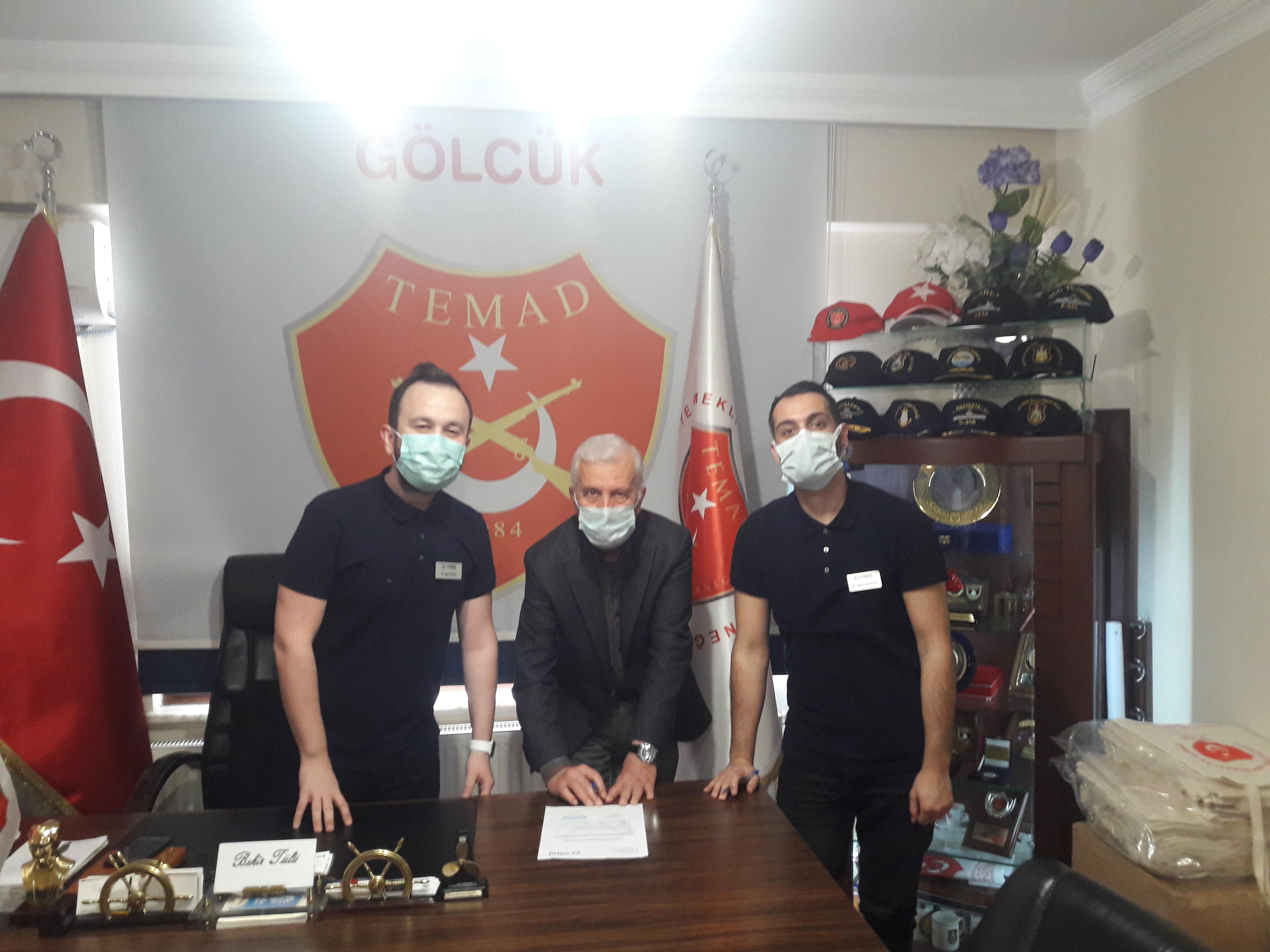 Uzm. Dr .Çağrı AKÇAY ve Dt. Yakup SOYDEMİR derneğimizi ziyaret etti ve Çapa Dental Studio ile üyelerimize yönelik indirim anlaşması yapılmıştır.